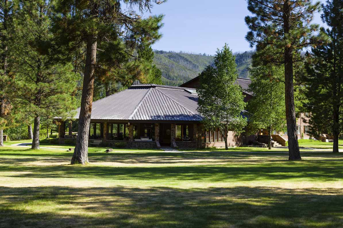 Green Valley Retreat main lodge sits nestled amongst the pines.